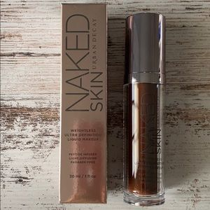 Urban Decay Naked Skin Weightless Foundation 12.5